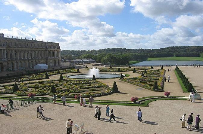Private Guided Tour of Versailles (Half Day)