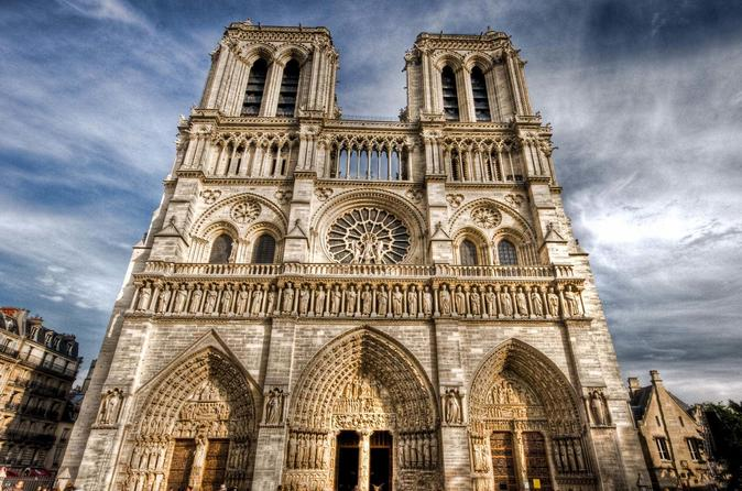 Skip the Line: Notre-Dame Cathedral Towers and Ile de la Cite with Host