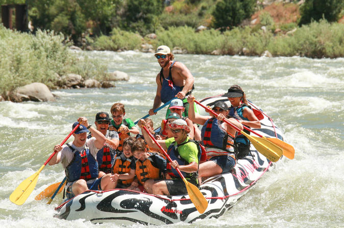 2 hour rafting on the yellowstone river in gardiner 185078