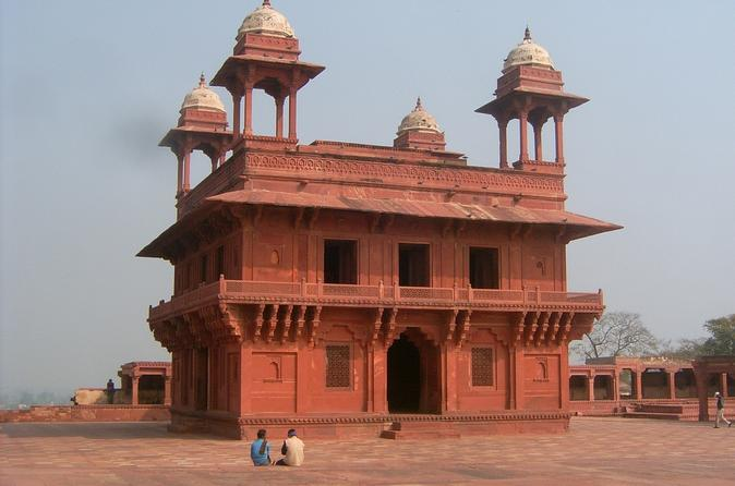 Private Tour: Fatehpur Sikri and Abhaneri from Agra to Jaipur