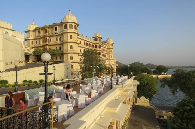 Private udaipur city tour including boat ride on lake pichola in udaipur 277864