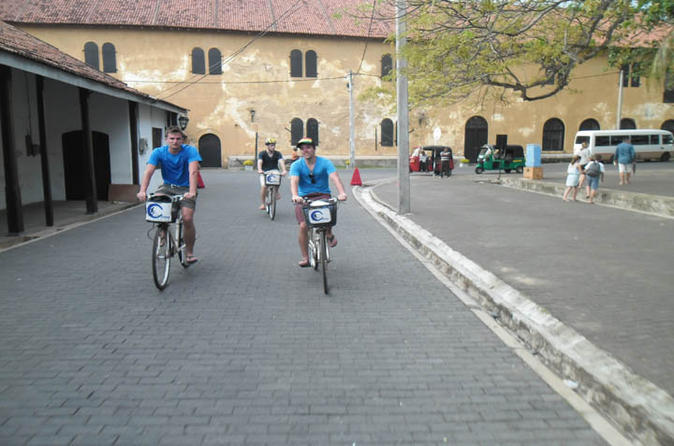Galle fort and city cycling tour in galle 192495