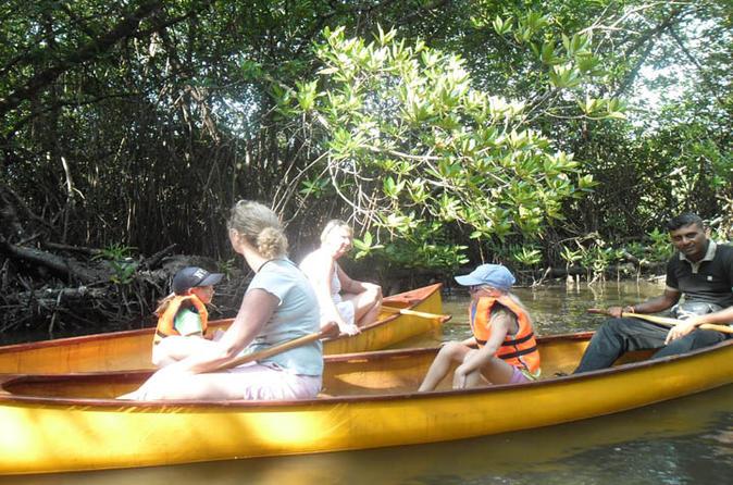 Unawatuna lagoon canoeing excursion in mirissa 193421