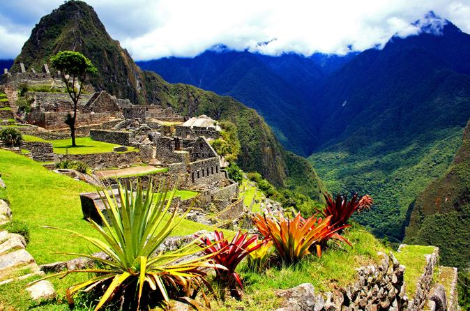 10-Day Best of Peru Tour: Machu Picchu, Cusco and Puno