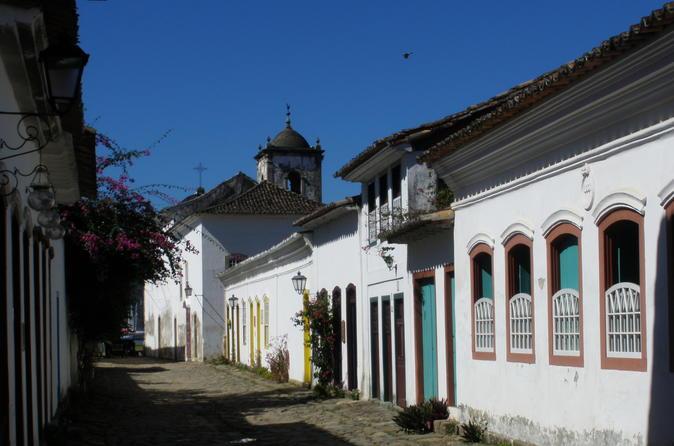 Excursão de 2 horas a pé da histórica cidade de Paraty, Brasil