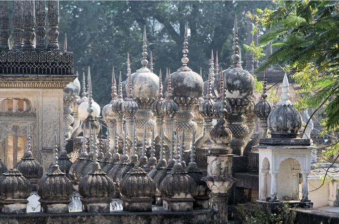 Hyderabad Day Tour: British Residency, Paigah Tombs and BadShahi Ashukhana
