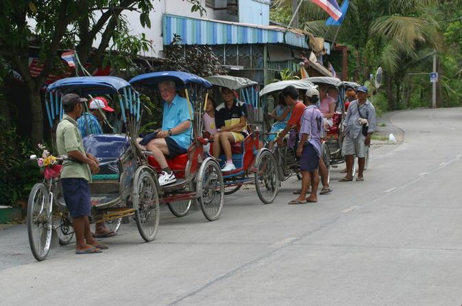 Half-Day Off the Beaten Track Bangkok Tour by Walking and Rickshaw