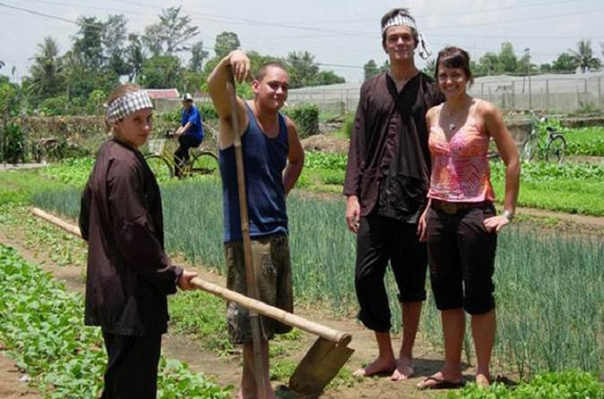 Hoi An Cycling and Farming Tour at Tra Que