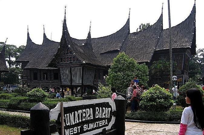Private tour taman mini indonesia indah and bird park from jakarta in jakarta 192858