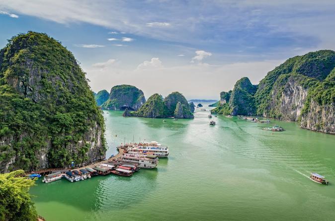 Hanoi to Ha Long Bay By Shuttle Bus & Limousine Minivan