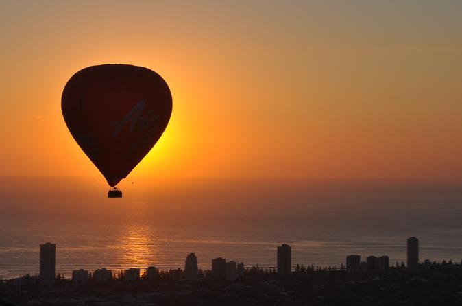 Balão de ar quente de luxo da Gold Coast com café da manhã com vinho espumante