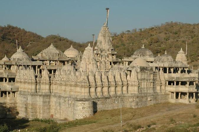 Private Transfer from Jodhpur to Udaipur with Ranakpur Jain Temple