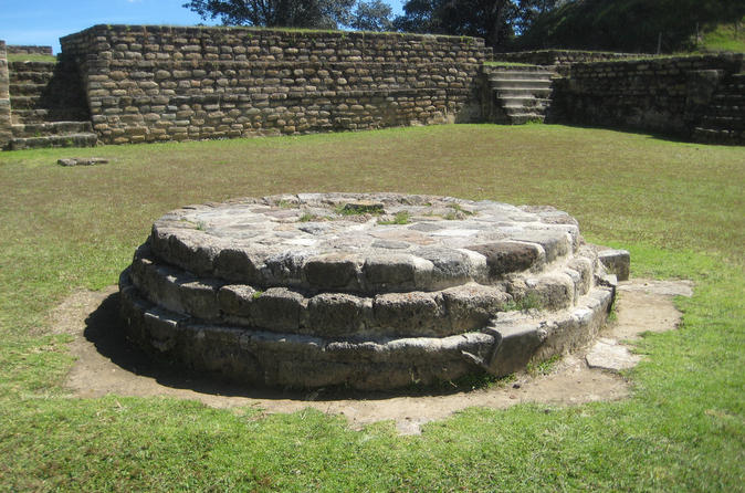 Private Tour to Iximche and Comalapa from La Antigua or Guatemala City