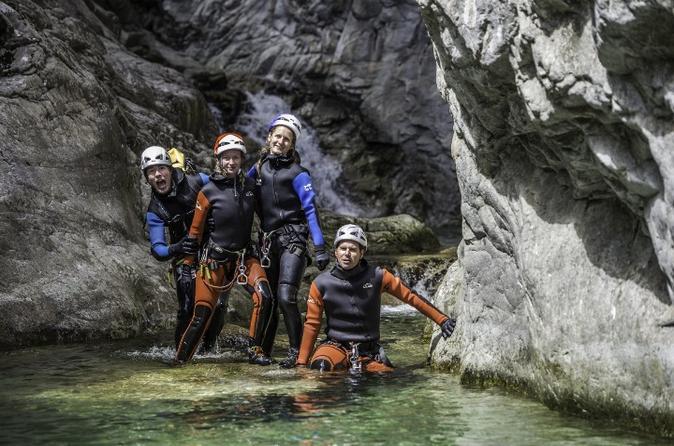 4heures de canyoning dans le canyon corse Richiusa