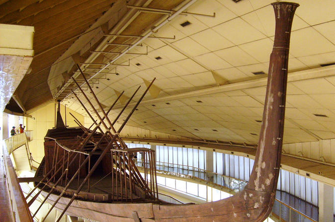 Private Day Tour in Giza and Cairo incl Solar Boat Museum Felucca and Dinner Cruise on the Nile