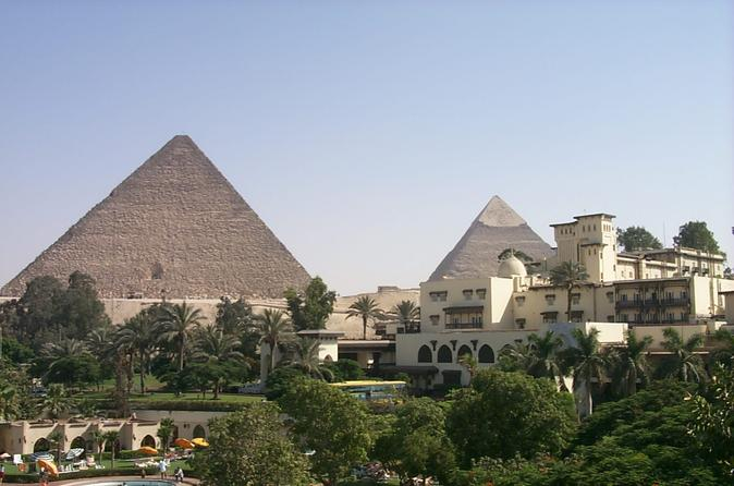 Private Guided Day Tour to Giza, Memphis and Saqqara from Mena House Hotel Giza
