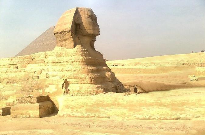 Excursão particular: Pirâmides de Gizé saindo do Cairo com ingressos opcionais para a Esfinge