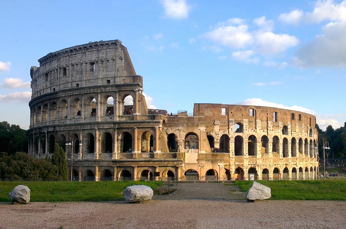 Archaeological Sights of Rome Walking Tour: Colosseum, Roman Forum and Palatine Hill