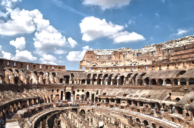 Small-Group Walking Tour: Colosseum and Ancient Rome Experience
