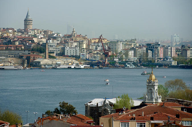 Traditional Boat Trip and Fener-Balat Areas Walking Tour