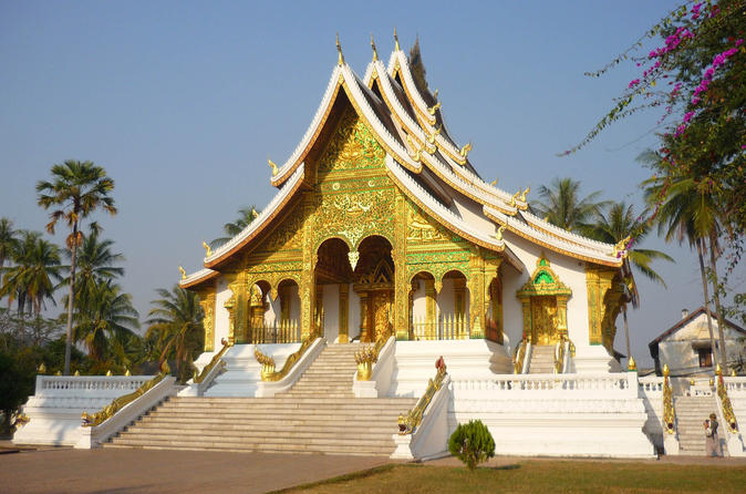 4-Day Private Tour from Chiang Khong Houeisay to Luang Prabang
