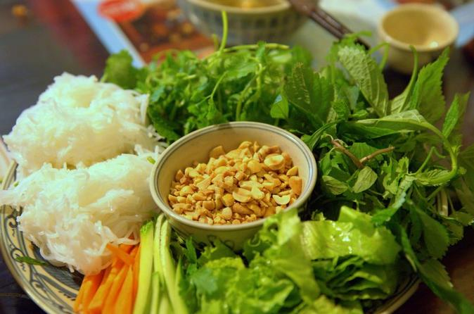 Private Hanoi Street Food Evening Tour