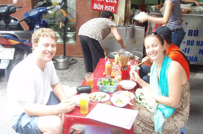 Hanoi Food on Foot: Walking Tour of Hanoi Old Quarter