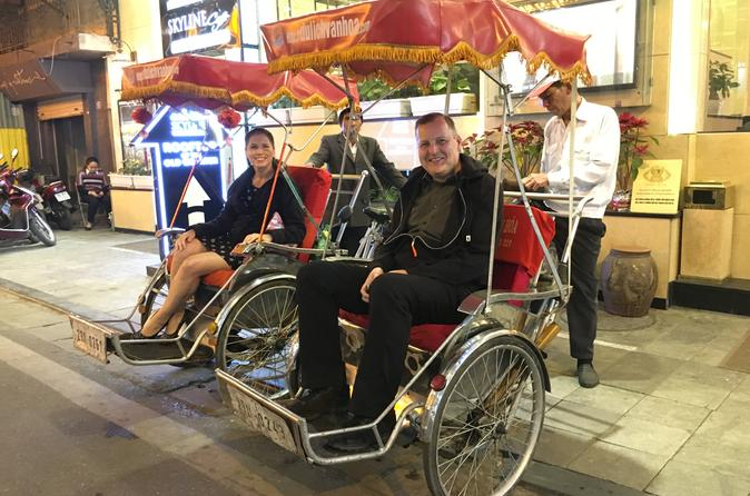 Private Hanoi Full-Day City Tour with Cyclo Ride