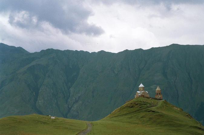 2-Day Private Tour to Mount Kazbegi from Tbilisi