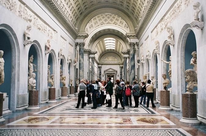 Private Tour: Vatican Museum Evening Tour With Dinner - Vatican City