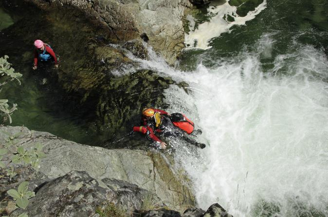 Canyoning by Sjoa