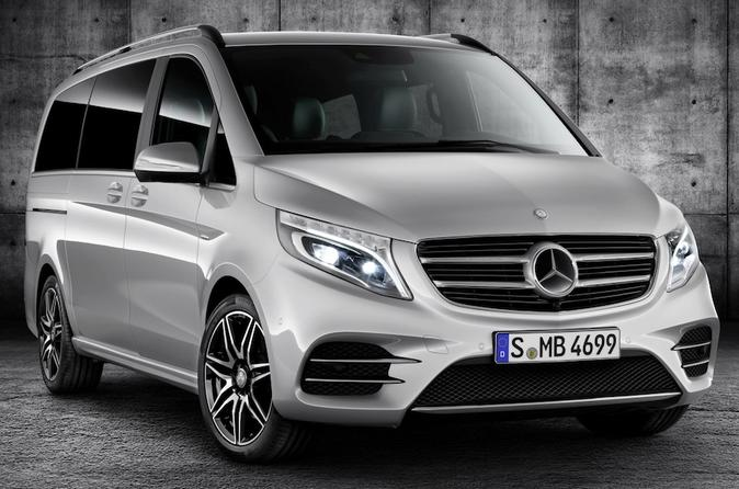London Private Transfers from London City to London Airport LCY in Luxury Van