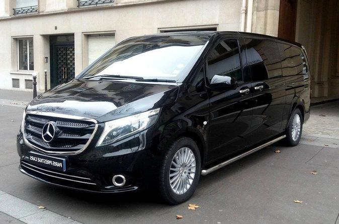Paris Private Round-Trip Transfer to VERSAILLES CASTLE in Luxury Van
