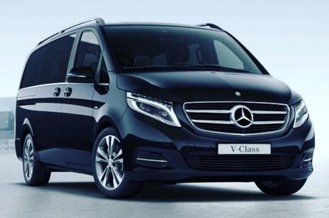 Paris Private Transfers from Parc Disneyland to Paris Airport CDG in Luxury Van