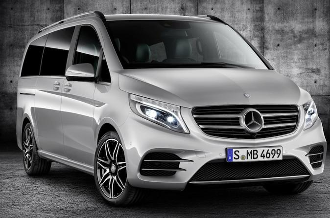 Paris Private Transfers from Paris Airport CDG to Paris City in Luxury Van
