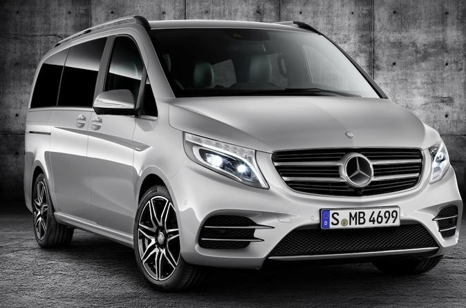 Paris Private Transfers from Paris City to Paris Airport CDG in Luxury Van