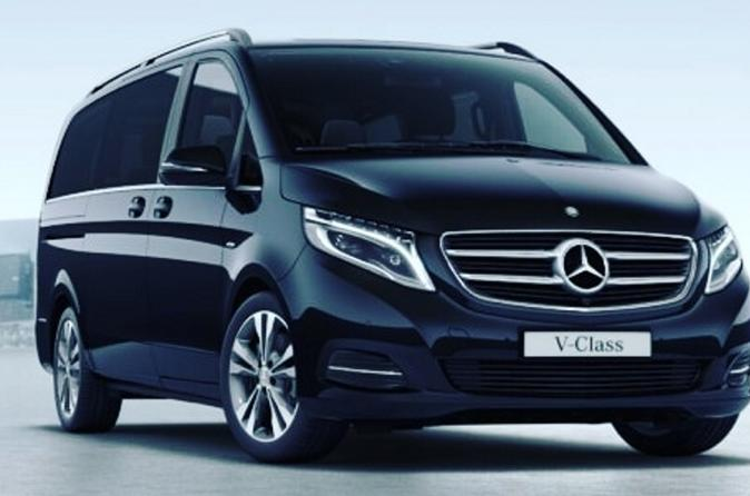 Paris Private Transfers from Paris Parc Disneyland to Paris City in Luxury Van