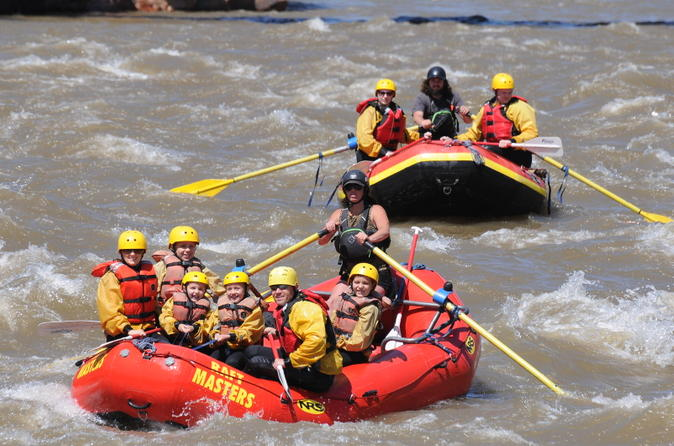 Canon city whitewater rafting excursion in bighorn sheep canyon in ca on city 204116