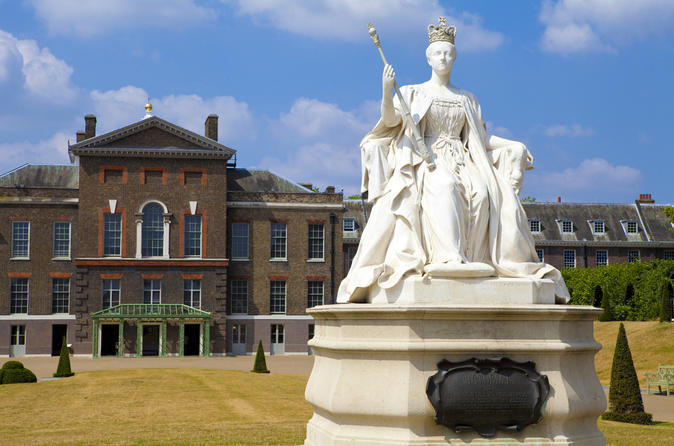 Kensington Palace and Afternoon Tea in The Garden Tour in London