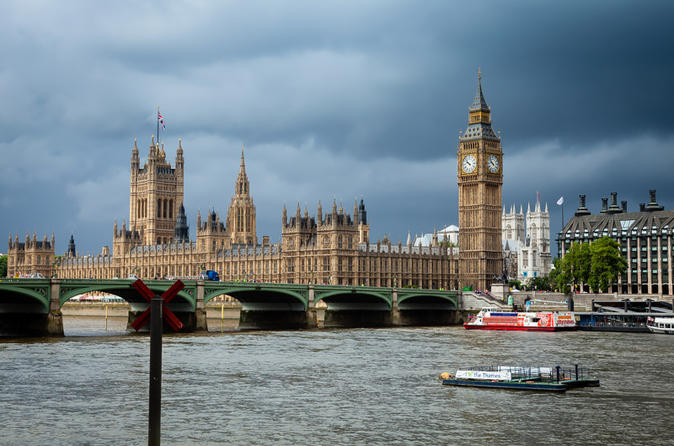 Private Tour: South Bank Photography Walking Tour in London