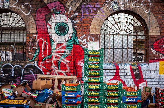Shoreditch Street Art Private Photography Tour including Brick Lane