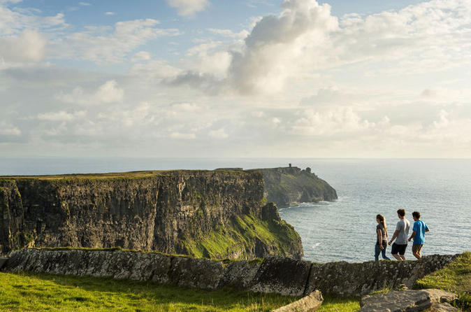 cliffs of moher explorer tour along the wild atlantic way from
