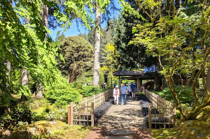 Bainbridge Island Wine and History - Luxury Small Group Day Tour with Lunch
