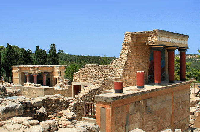 Knossos wine and pottery tour tour up to 4 to 15 customers in heraklion 693690