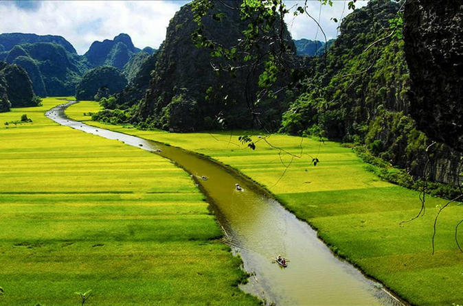 Ninh Binh Full Day-Rowing Boat in Tam Coc-Cycling Tour From Hanoi
