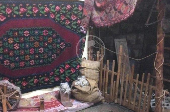 ARMENIAN CARPETS FOOD TOUR