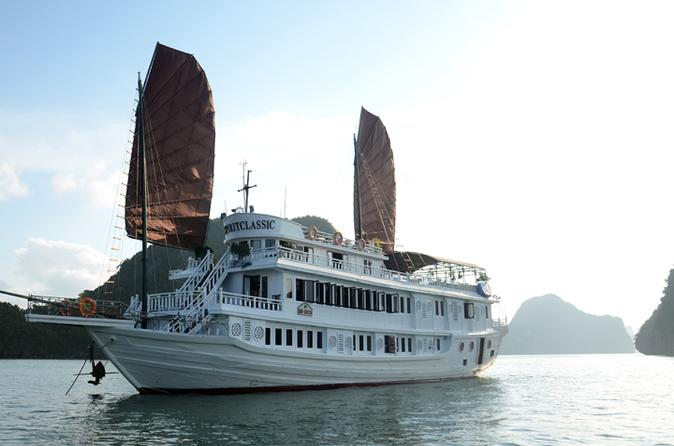 2-Day VSpirit Classic Cruise Along Halong Bay
