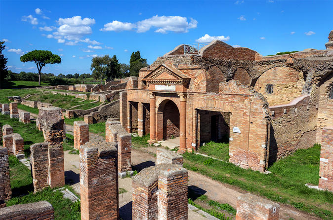 Private 4-Hour Tour of Ostia Antica from Rome