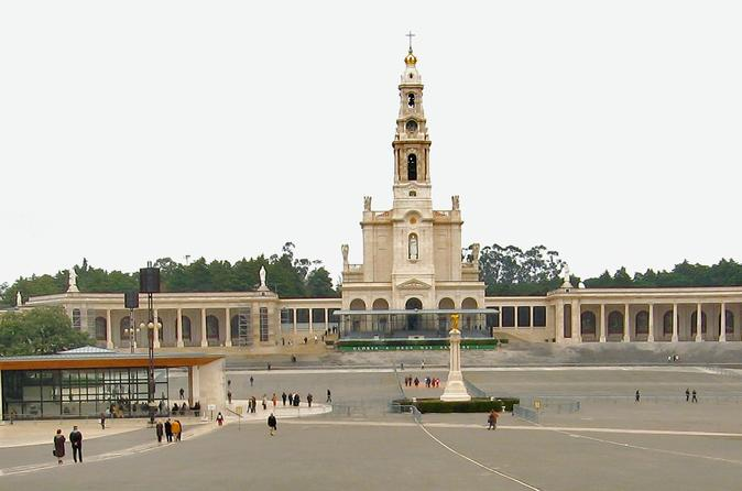 Private full day tour of Fatima from Lisbon