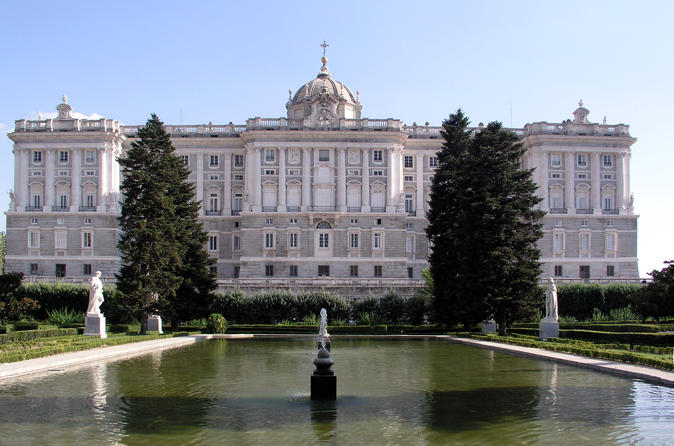 Private Guided Half Day City Tour in Madrid with Private Vehicle and Chauffeur